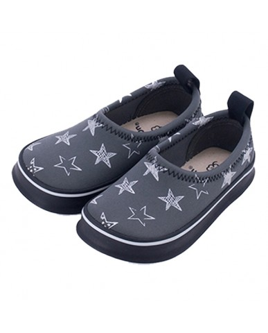 日本SKIPPON─兒童休閒機能鞋 黑底滿天星